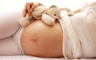 Хочется пить при беременности: суточная норма воды и причины сильной жажды