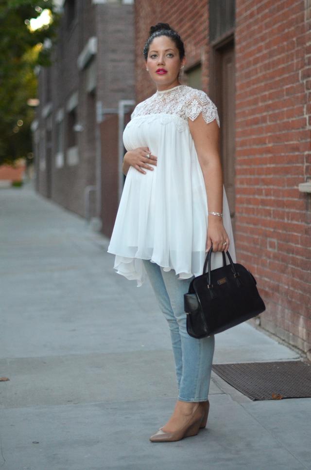 Одежда, скрывающая беременность: платья, блузы, брюки, как скрыть от родителей, на работе