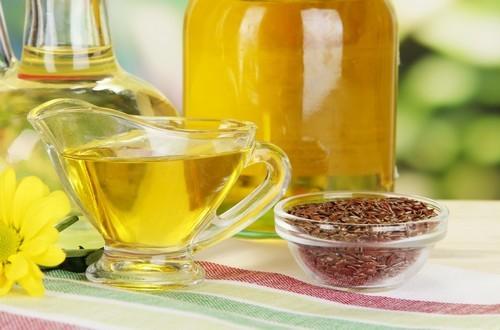 Льняное масло при миоме матки: действие и показания