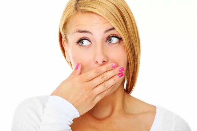 Сухость во рту при беременности: водный баланс, причины сухости, суточная норма воды, что можно и нельзя пить беременным