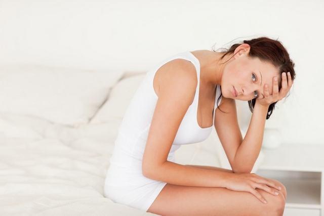 Отслойка плодного яйца на ранних сроках беременности: причины, симптомы, риски