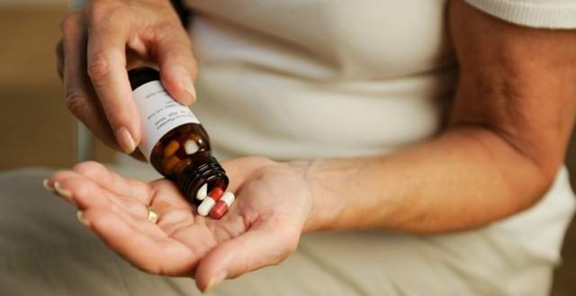 Как отсрочить наступление климакса: медикаменты и другое