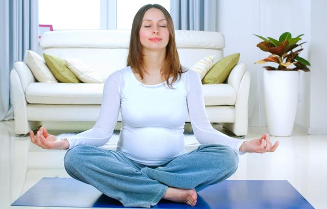 Раздражительность при беременности: причины, симптомы, лечение