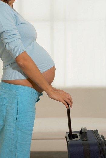 Справка о беременности: для чего нужна, образец, где заказать, срок действия