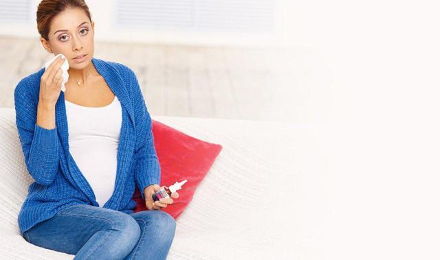 Заложенность носа при беременности: причины, лечение