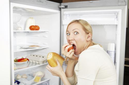 Жор во время овуляции: физиология и способ сдержать аппетит