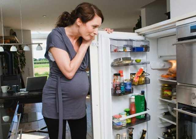 Постоянное чувство голода при беременности на ранних сроках: причины повышенного аппетита, способы контроля голода