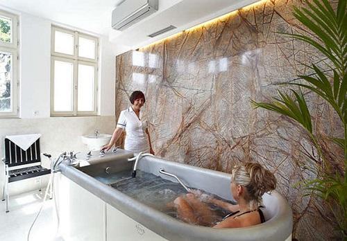 Йодобромные ванны при миоме: показания, противопоказания, эффективность