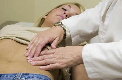 Боли внизу живота при овуляции: причины и лечение явления