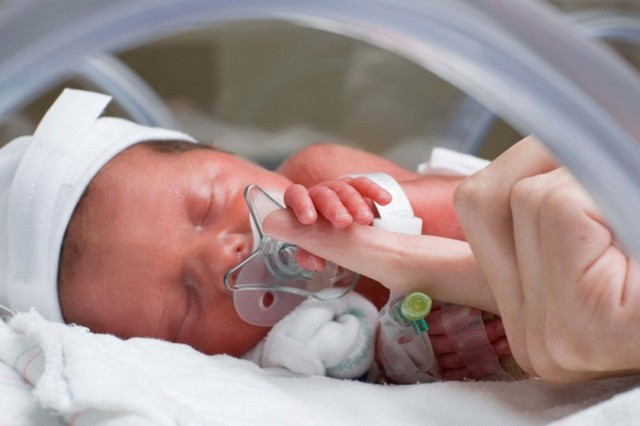 Пневмония при беременности: основные причины, симптоматика, диагностика и лечение, медикаментозная терапия, народные методики, последствия для женщины и ребенка