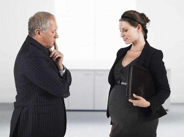 Когда уходят в декрет по беременности: во сколько недель, какие документы нужны, как писать заявление, длительность, оплата