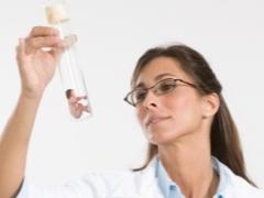 АМГ при климаксе: изменение уровня и значение гормона
