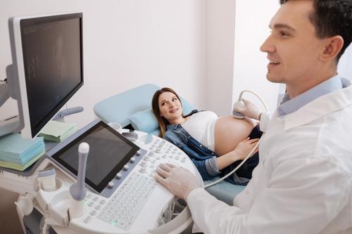 Чем опасен тонус матки при беременности: последствия для ребенка