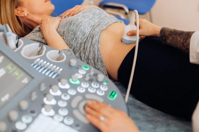 Растет ли живот при миоме матки: причины и особенности?