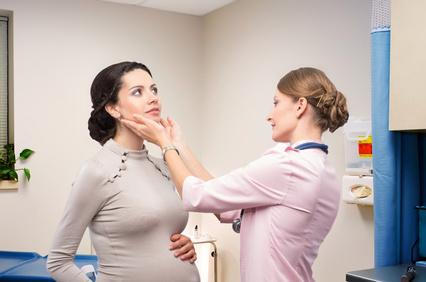 Щитовидная железа и беременность: изменения в норме и при патологиях