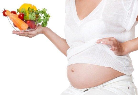 Тошнота при беременности: причины, лечение