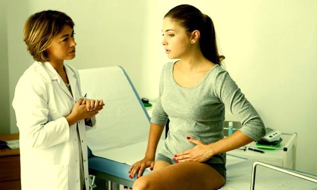 Белые выделения при беременности: могут ли быть на ранних сроках, разновидности белей, патологические симптомы