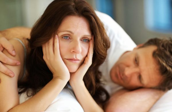 Тошнота при климаксе: причины возникновения и лечение