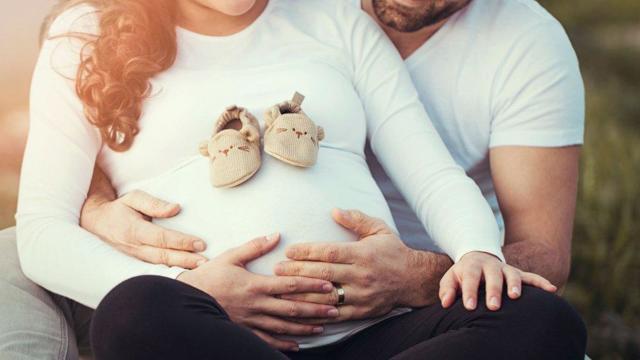 Перепады настроения при беременности: причины, когда усиливаются, как бороться