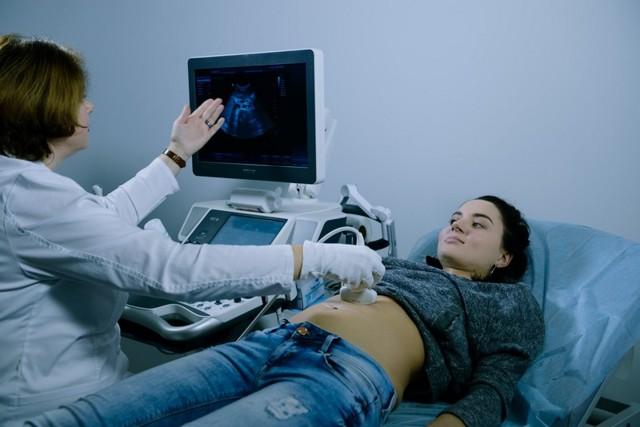 Показывает ли тест внематочную беременность, какой лучше использовать?