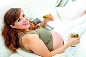 Огурцы при беременности: польза и вред