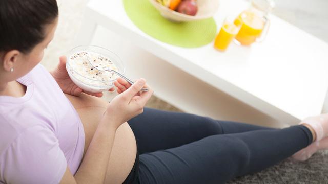 Овсяная каша при беременности: польза, вред