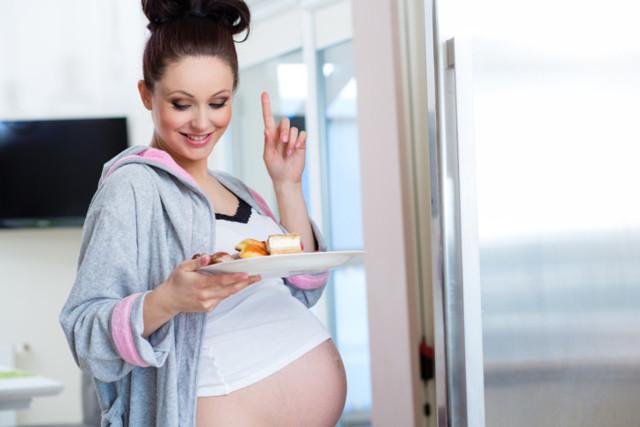 Запор при беременности: причины, способы лечения, последствия