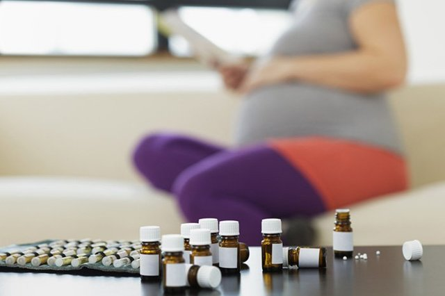 Гомеопатия при беременности: что это такое, можно ли применять, эффективность, противопоказания