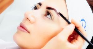 Можно ли красить брови во время беременности: разрешено ли беременным красить брови, безопасные и вредные красители