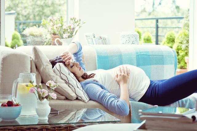 Головная боль при беременности: причины, лечение