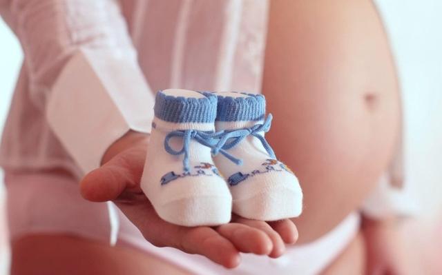 Беременность мальчиком: особенности, приметы