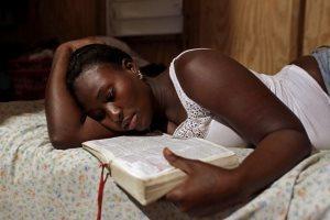 Матка не соответствует сроку беременности: причины и лечение