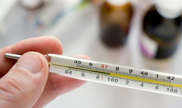 Температура при внематочной беременности: почему повышается или понижается?
