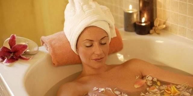 Можно ли принимать ванну во время беременности: показания, противопоказания